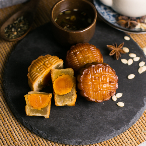 Traditional Baked Mooncake (With Salted Egg Yolk) 9