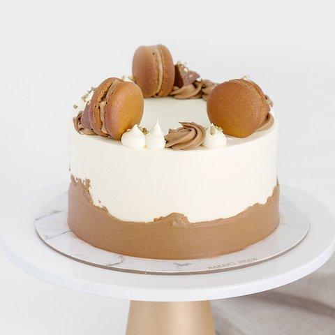 Full Chocolate Cake