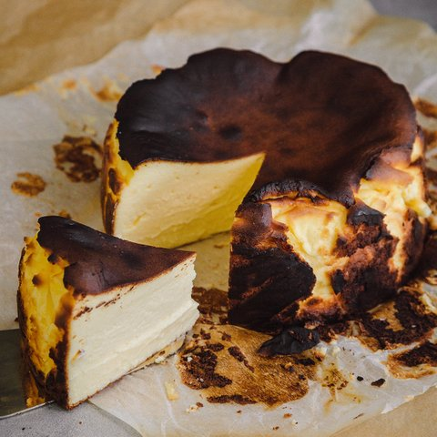 Classic Basque Cheesecake