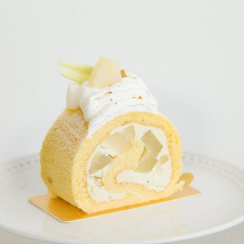 Yuzu Pear Swiss Roll